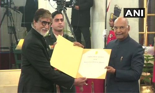अमिताभ बच्चन फाळके पुरस्काराने सन्मानित